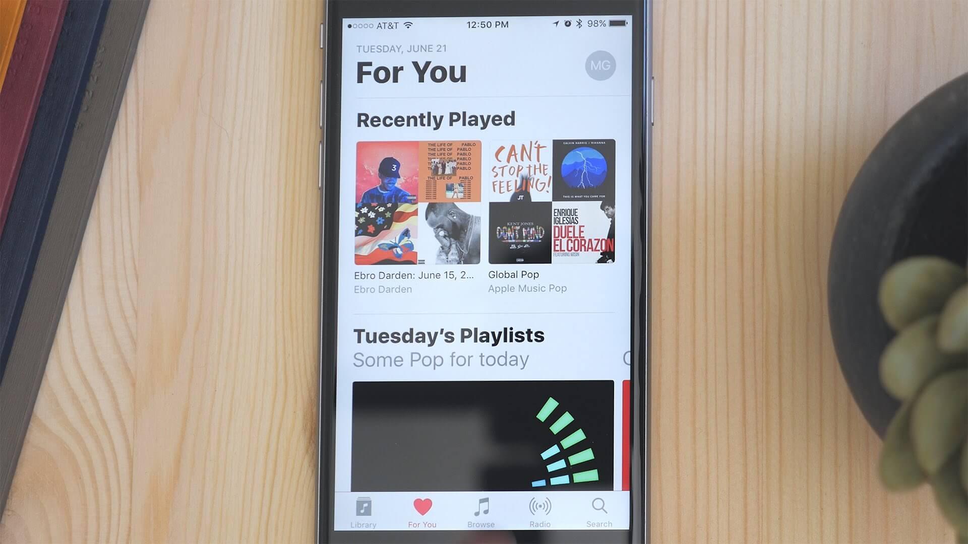 Apple iOS 10 Music App